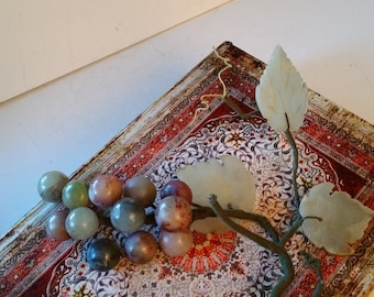 Stone or Jade grapes, 3 leaves