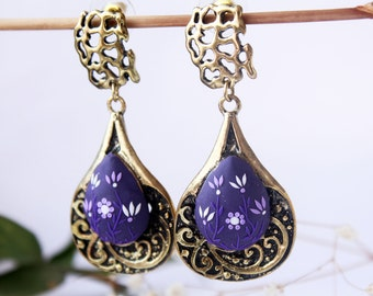Vintage earrings, dark purple earrings, romantic earings, statement earrings, gothic earrings, Victorian Style Jewelry, trending item