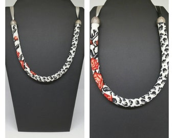 """Graou"", crochet beads necklace"