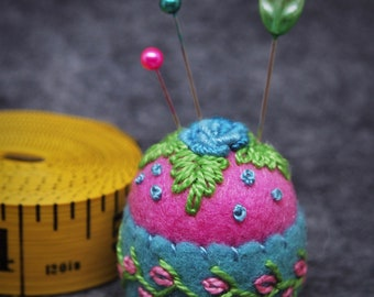 IN STOCK free us ship - Hot Pink and Teal Roses Small Bottlecap Pincushion free us shipping