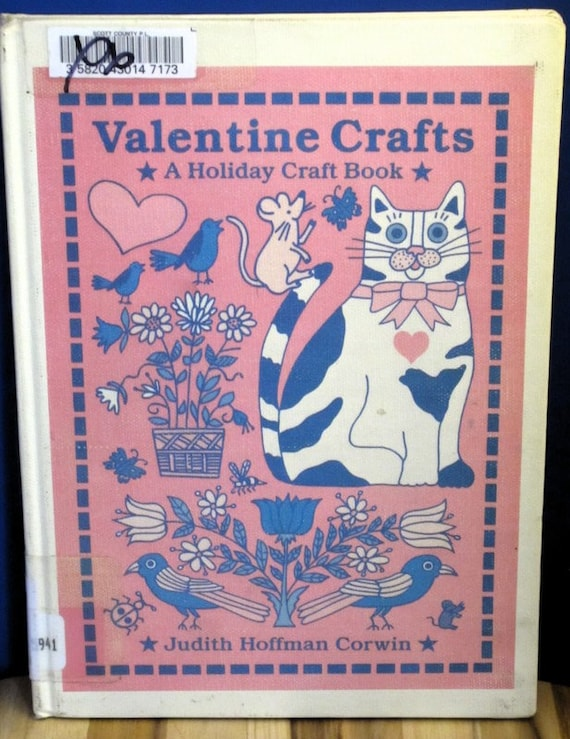 Valentine Crafts a Holiday Craft Book + Judith Hoffman Corwin + 1994 + Vintage Kids Book