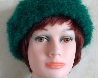 Dark emerald green mohair beret-Smart women large loop mohair beret-Elegant women beret-Hand knit green loop mohair beret-Made to order
