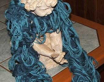 NEW model: Ruffle scarf - Emerald Giralda - turquoise