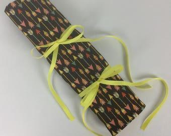 Arrows Large Knitting Needle Organizer. Large Knitting Needle Roll. Gift for Knitters. Knitting Needle Holder. RTS.