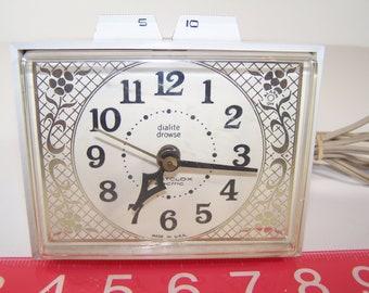Vintage Westclox Dunmar Drowse Dialite Electric Alarm Clock S16-C