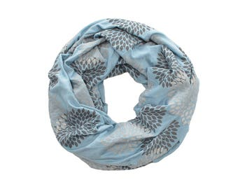 MINI INFINITY SCARF - Gray Double Flowers on Cornflower Blue