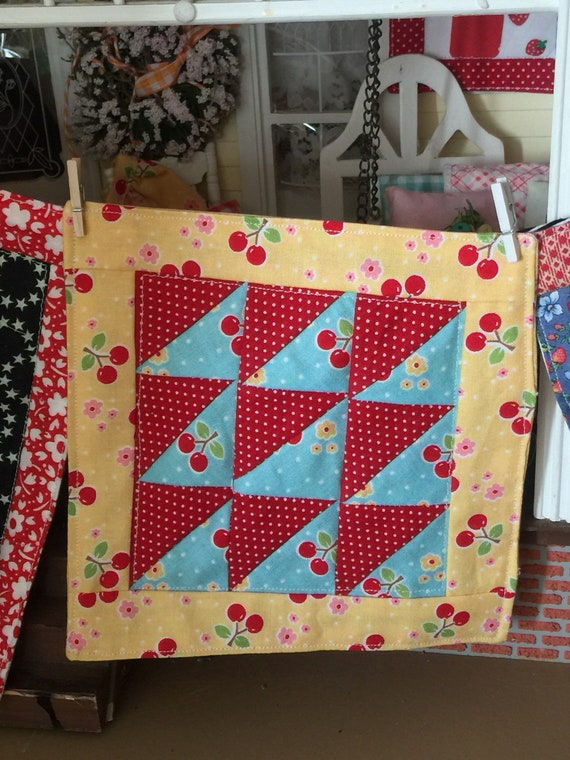 Miniature Cherry Fabb triangle patchwork Quilt and 4 Apillows