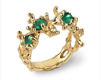 BETWEEN THE SEAWEEDS 18k Gold Emerald Ring, Natural Emerald Ring, Unique Gold Ring, Green Emerald Ring