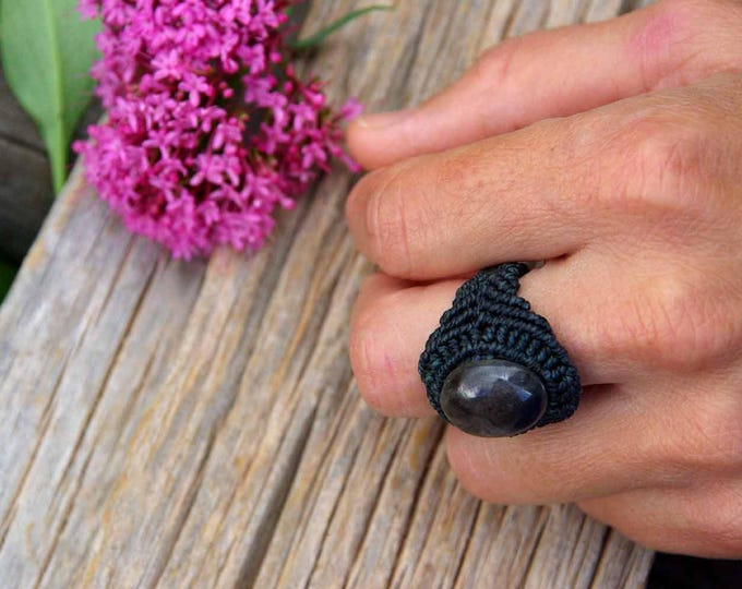 Macramé ring with star ruby, knotted, water resistant, tribal ring, stone ring, fairy ring, stone talisman, yoga amulet, macrame jewelry