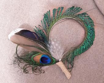 Boutonniere Anstecker Bräutigam Fascinator Brautschmuck Pfau headpiece  Hochzeit Brautpaar Accessoires  Pfauenfeder Kristalle Haarschmuck