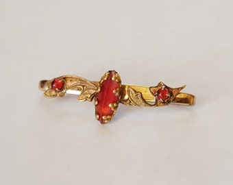Victorian Gold Tone Safety Pin Style Bar Pin Brooch with Red Stones & Scroll