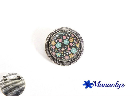 Brooch round antique silver, pink, blue and yellow flowers, 23 glass cabochons