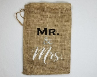 Burlap Bag, Mr & Mrs Burlap Bags, Burlap Gift Bags, Gift Bags, Mr. and Mrs., Wedding Shower, Bridal Shower, His and Hers, Classy Wrapping