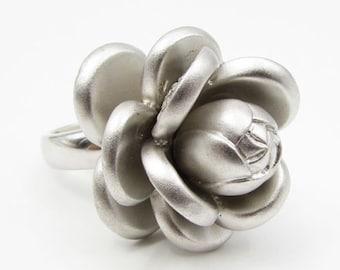 Vintage 925 sterling silver - white topaz 3d rose ring sz 7 - r1038