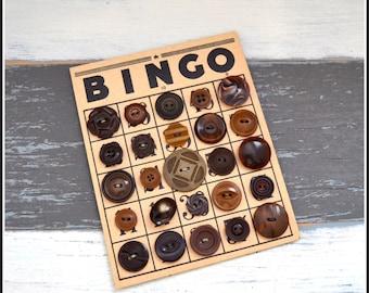 Brown Vintage Buttons on Vintage Bingo Board - Vintage Buttons - Brown Plastic Buttons - Button Card