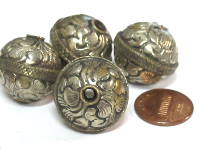 1 Bead - Tibetan bead antiqued finish floral repousse design focal pendant bead from Nepal -  BD009A
