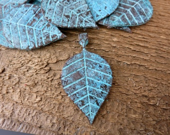 Mykonos Leaf Pendant, Green Patina, Mykonos Metal Casting, Boho Nature, 39x21mm Lead Free Metal, Made in Greece, M1181
