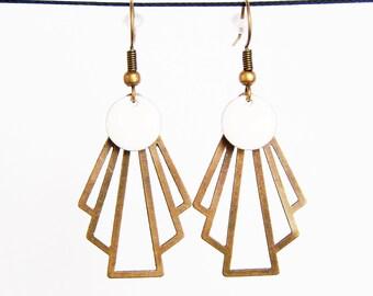 Retro fan and sequin white enamel earrings