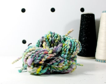early bird   .. hand spun yarn, art yarn, handspun art yarn, wool yarn, boucle yarn, bulky yarn, handspun wool yarn