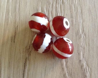 Tibetan Agate round beads 10 mm Brown and white x 4