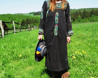 S/M hand embroidered mexican oaxacan 70th vintage maxi flower dress hippie ethnic Festival black mexico bohemian gypsy boho