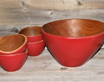 Upcycled Vintage Wood Salad Bowl Set / Cherry Red / Wooden Bowls / Wood Salad Bowl / Serving Bowls / Popcorn Bowl