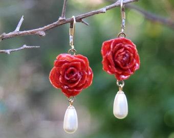 Red rose earrings Rose and pearl earrings Rose and pearl jewelry Red floral earrings Rose jewelry Red flower earrings Elegant earrings