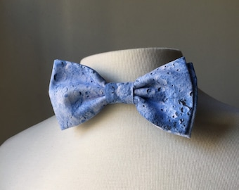 Blue moon crater surface bowtie