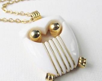 Owl Pendant Necklace, Gold Owl Necklace, Vintage Trifari White Owl Necklace, Large Owl Pendant, Vintage Jewelry, Vintage Owl Necklace,Unique