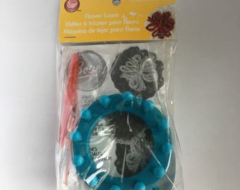 Boye Flower loom new in package Instructions included knitting yarn craft