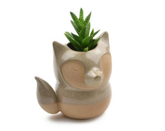 Cute fox ceramic planter - caramel/gray - made in Brazil - mother's day