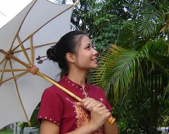 Special offer- 5 white parasols get 1 white parasol free