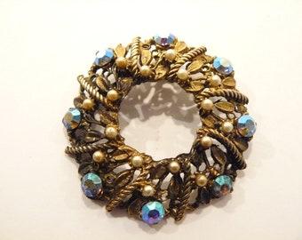 Beautiful Vintage AB Rhinestone & Faux Pearl Circle / Wreath Brooch / Pin