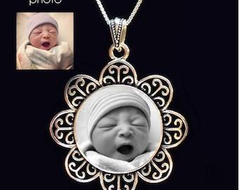 Photo pendant, Custom Photo Necklace, Custom Photo Jewelry, Personalized Keepsake Jewelry, Your photo on a necklace, custom photo pendant