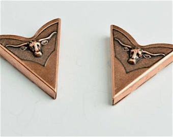 Preacher Collar Tip, Western Longhorn Cows, available in 3 vintage finishes. Set of 2,  02607