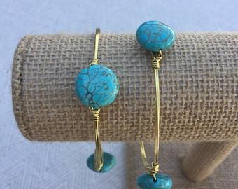 Turquoise Circle Stone Bead Wire-Wrapped Bangle Bracelet
