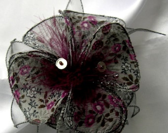 Small hair clip flower fabric, organza, feathers and pearls 039
