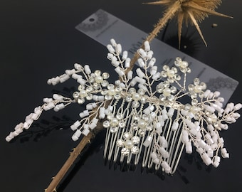 Bridal Hair Jewelry: Flower Beads Hair Comb