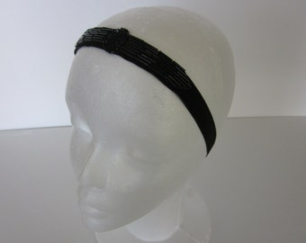 BLACK 1920s Headband, Black Beaded Headpiece, Black Flapper Headband Fascinator great Gatsby headband, Art Deco Black Velvet Ribbon