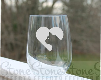 cat wine glass, wine glasses, Etched Stemless Wine Glass, Etched wine glasses, cats, engraved Wine Glasses, stemless wine glass etched, Wine