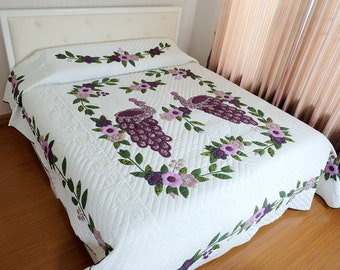 SALE! Amish quilts , Quilt on sale, Amish Quilts on sale, Homemade quilts, King size quilts, Amish quilt, Quilts for sale, Amish patchwork