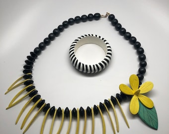 Wood you like to look fabulous? necklace with FREE bracelet