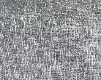 Striated silver lambskin coupon