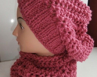 Knitted hat and neck warmer / scarf