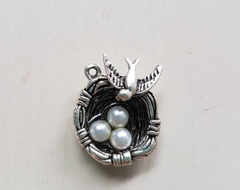 Birds Nest Charm - FINDINGS - Necklace Supplies - Jewellery