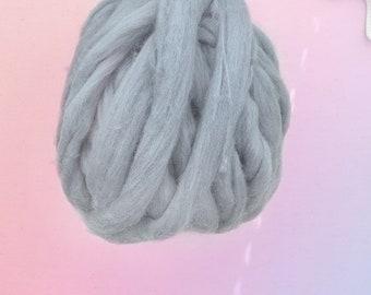 Gray Handspun Yarn - Handspun Merino -  Bulky Yarn - Chunky Wool - Merino Wool Yarn - Knit - Hanspun Merino Yarn - Handspun Yarn - Handspun
