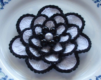 Larger Crochet Flower in 3 inches YH - 054-01