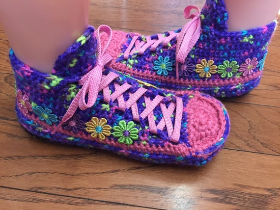 Womens daisy Crocheted daisy slippers 6 flower sneakers slippers pink 298 flower 8 shoe slippers sneaker purple sneakers tennis slippers BBwrZ