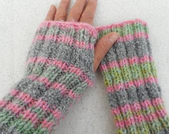 KNITTING PATTERN/ FIRESIDE/ Super Easy Glove Pattern Mens Womens Gloves/Handknit Fingerless Glove Pattern/Womans Striped Glove Girls Gloves