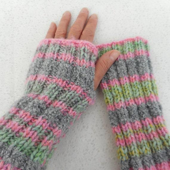 Knitting Pattern Fireside Super Easy Glove Pattern Mens Womens